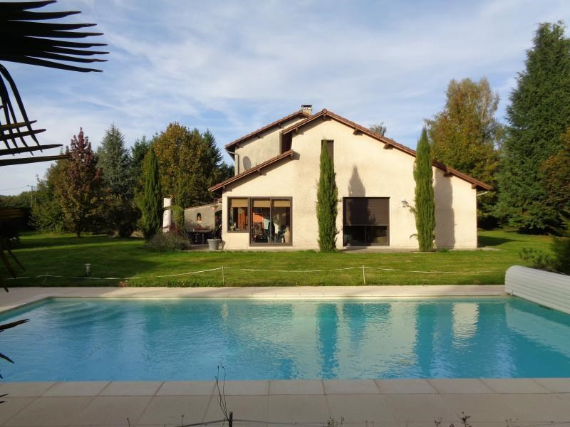 Sale house / villa Ambazac 290000€ - Picture 1