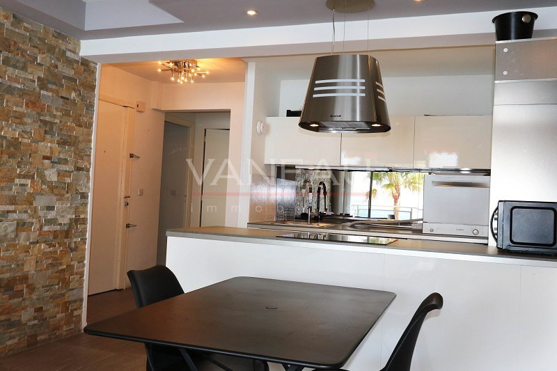 Vente de prestige appartement Juan-les-pins 646600€ - Photo 14
