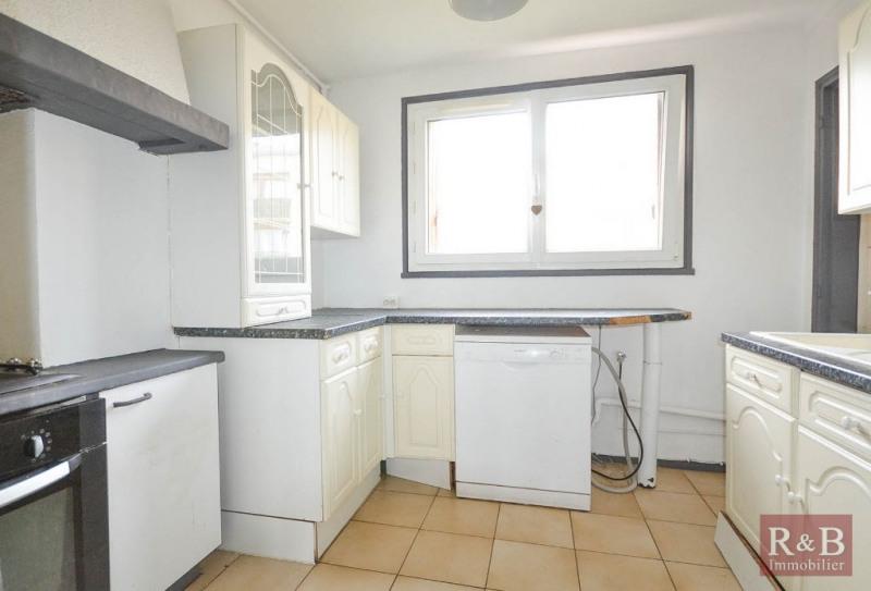 Sale apartment Les clayes sous bois 190000€ - Picture 4