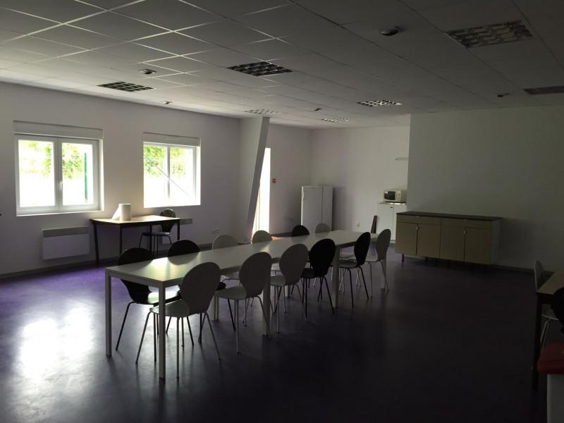 Location Local d'activités / Entrepôt Montville 0