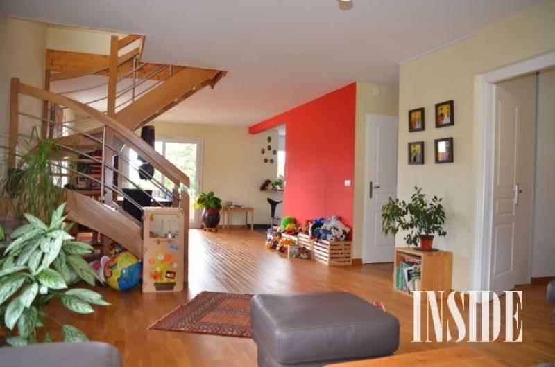 Verhuren  appartement Thoiry 2400€ CC - Foto 2
