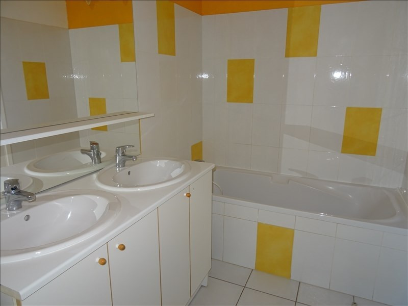Rental apartment Bussieres 600€ +CH - Picture 7