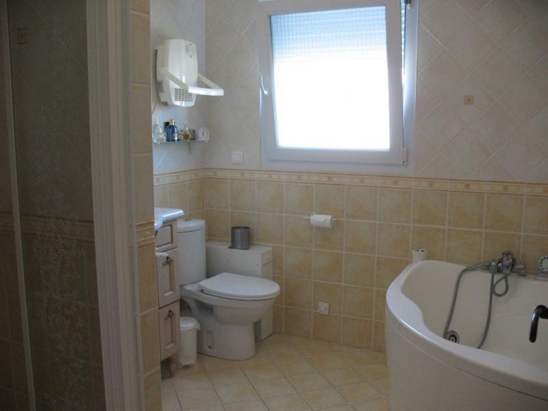 Sale house / villa Chaillevette 493500€ - Picture 13