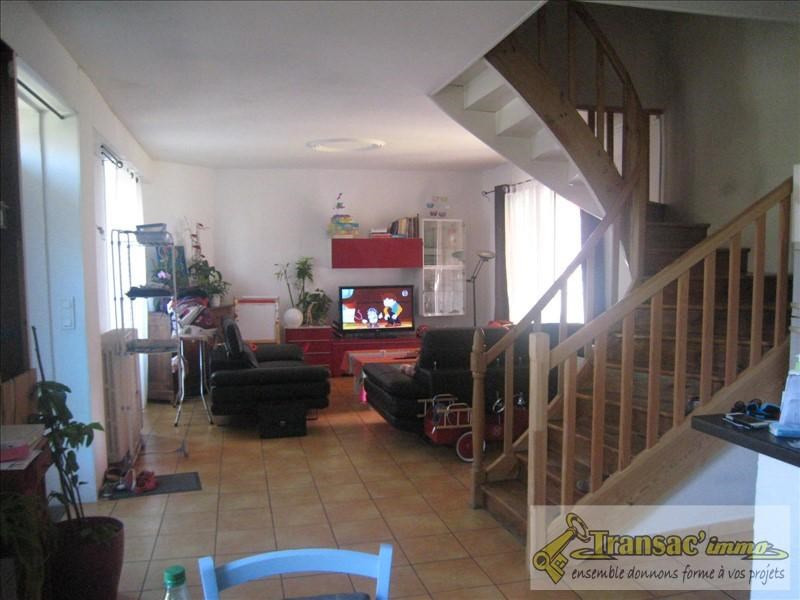 Vente maison / villa Puy guillaume 165075€ - Photo 3
