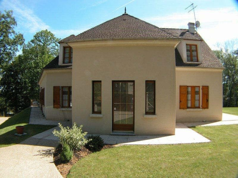 Deluxe sale house / villa Region de montfort 669 000€ - Picture 1