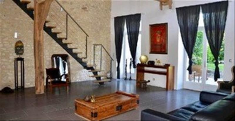 Sale house / villa Machault 426 000€ - Picture 7