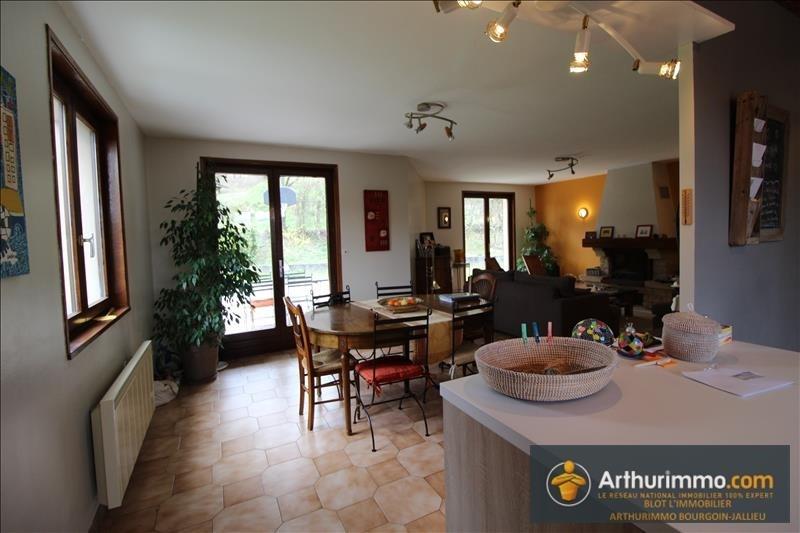 Sale house / villa Les eparres 275000€ - Picture 6