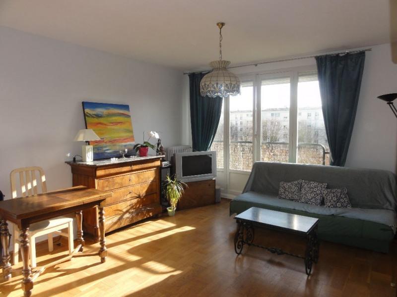 Sale apartment Chatou 219000€ - Picture 1
