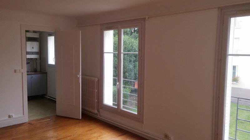 Location appartement Montreuil 989€ CC - Photo 1
