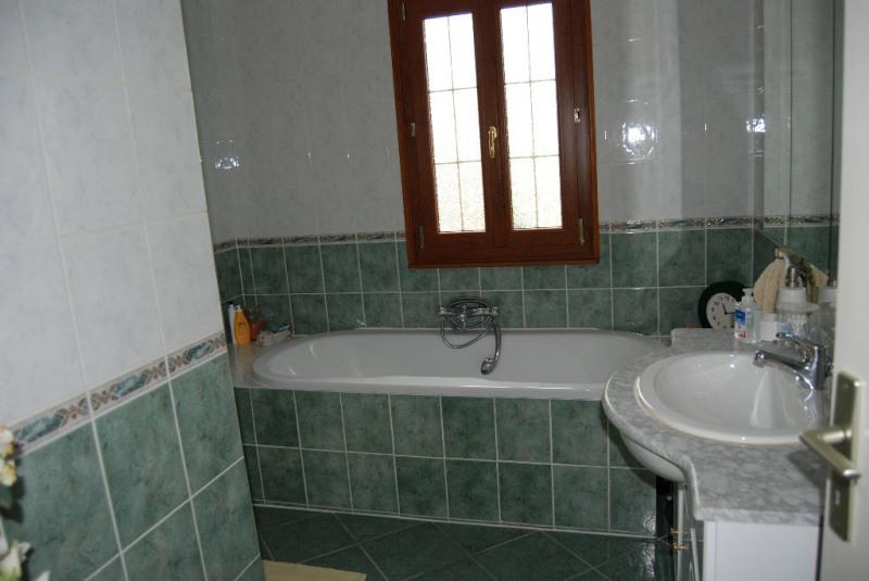 Sale house / villa Verneuil d'avre et d'iton 207000€ - Picture 4