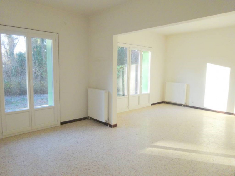 Location maison / villa Avignon 895€ CC - Photo 2