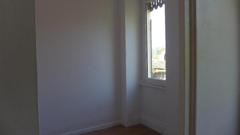 Rental apartment Lyon 8ème 519€ CC - Picture 4