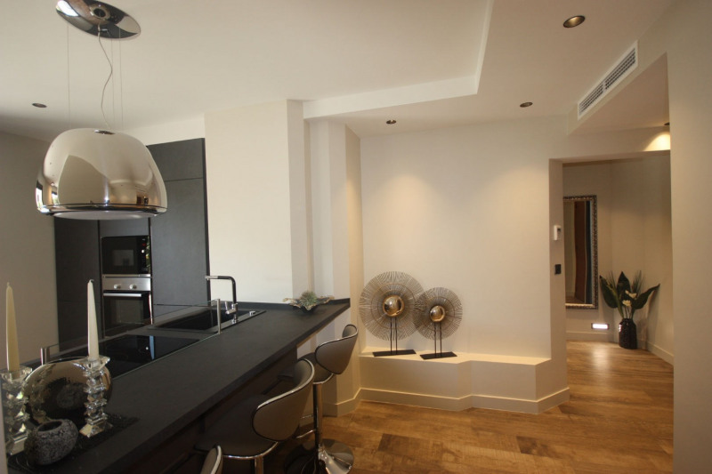 Sale apartment Antibes 424000€ - Picture 3