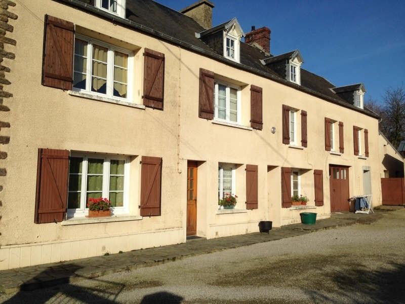 Sale house / villa Periers 132350€ - Picture 1