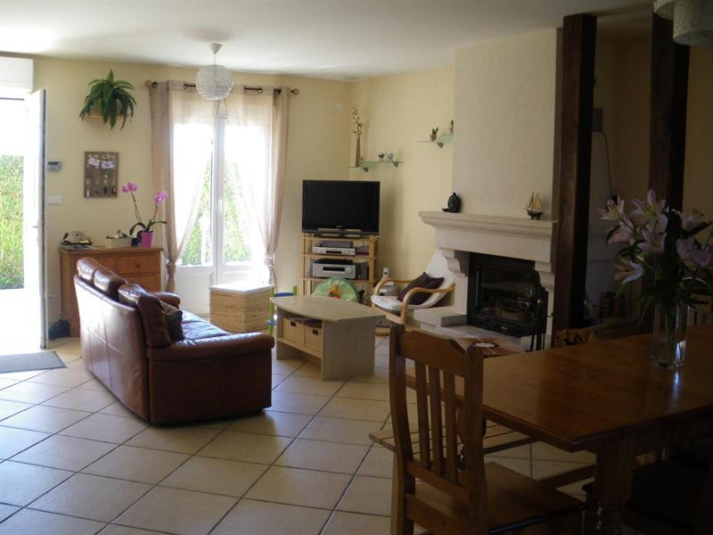 Vente maison / villa Seiches sur le loir 197 000€ - Photo 5