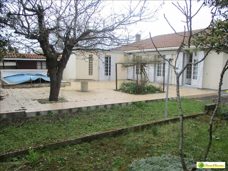 Sale house / villa Angouleme 174000€ - Picture 3
