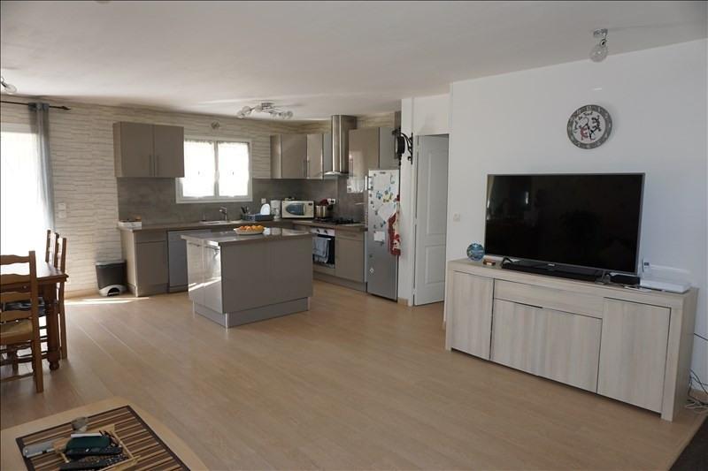 Sale house / villa St yzan de soudiac 184000€ - Picture 2