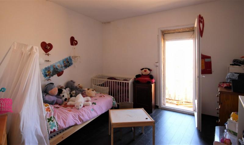 Rental apartment Lambesc 700€ CC - Picture 6