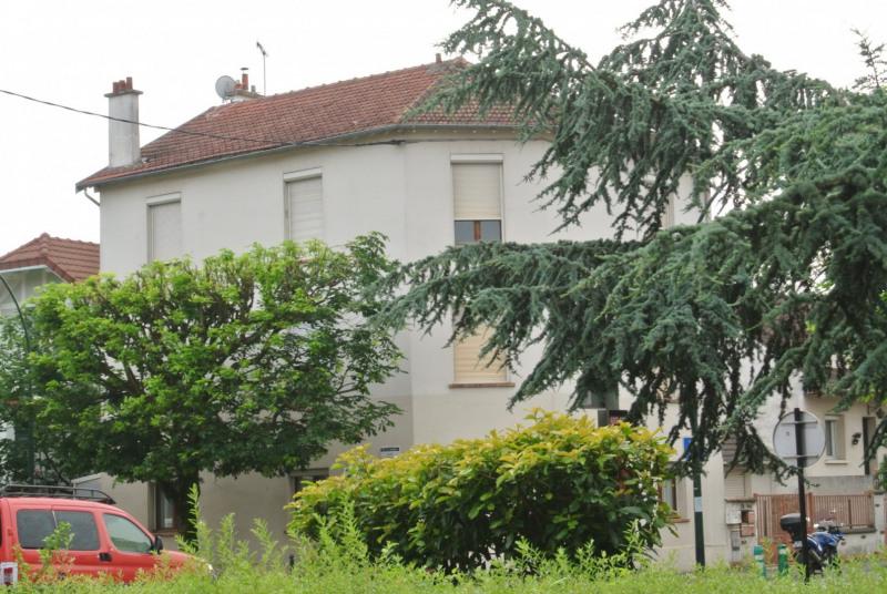 Sale apartment Le raincy 128000€ - Picture 1