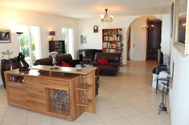 Sale house / villa Orgeval 665000€ - Picture 2