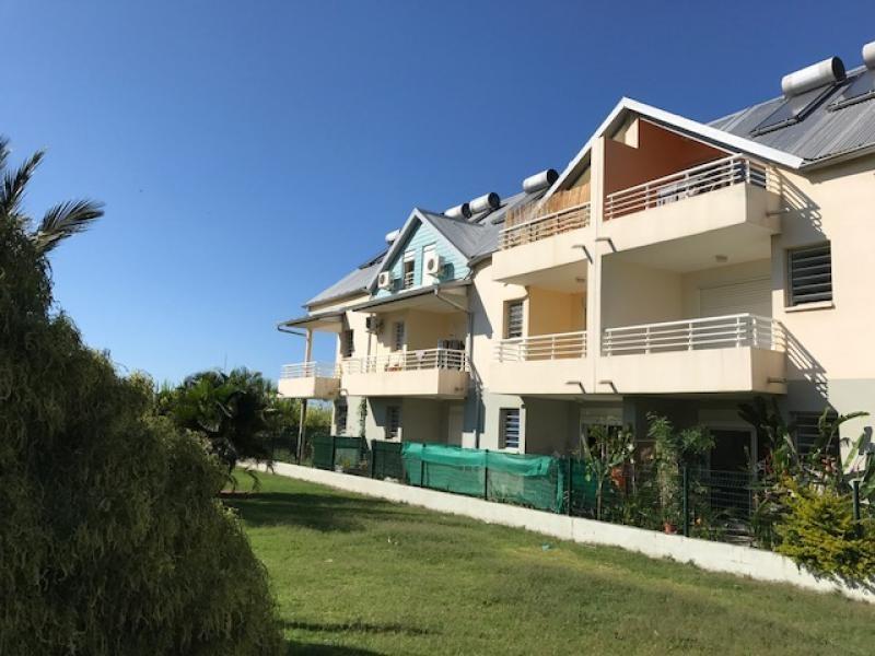 Sale apartment St pierre 130000€ - Picture 1