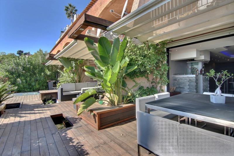 Deluxe sale apartment Golfe-juan 598000€ - Picture 3