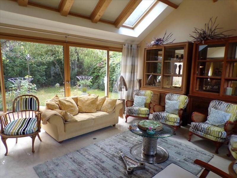 Location maison / villa Montigny le bretonneux 2450€ CC - Photo 2
