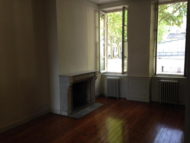 Location appartement Bordeaux 1924€cc - Photo 2