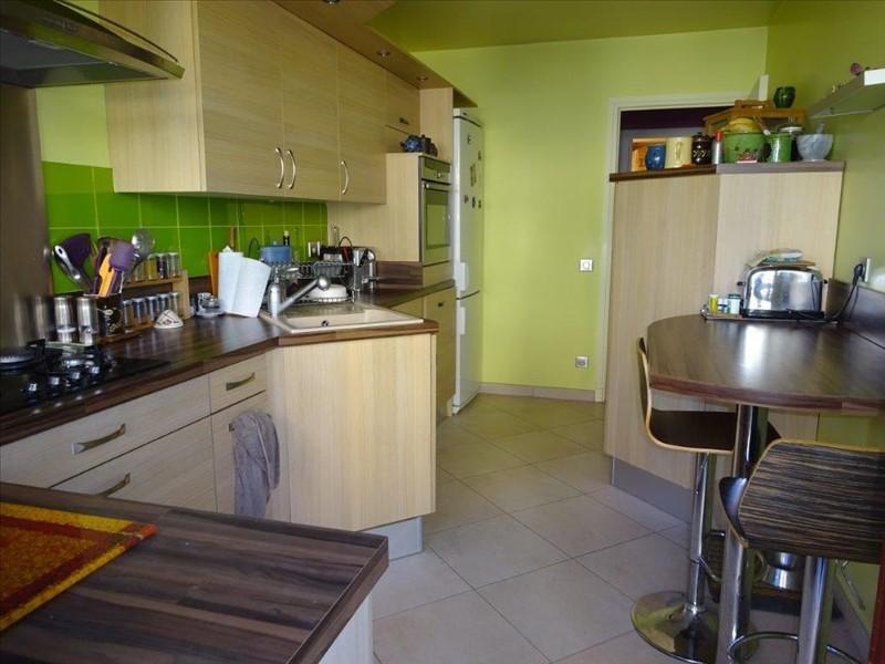 Verkoop  appartement St genis laval 320000€ - Foto 5