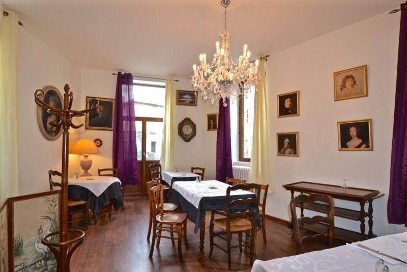 Sale house / villa Ouroux 165000€ - Picture 1