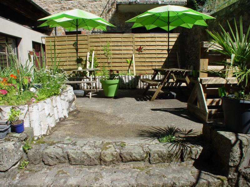 Sale house / villa St agreve 149000€ - Picture 1
