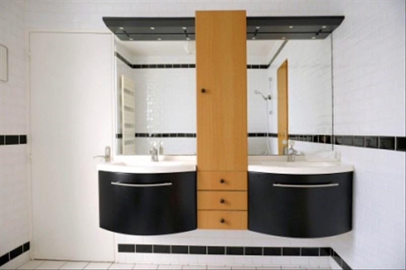Sale house / villa Follainville dennemont 449000€ - Picture 8