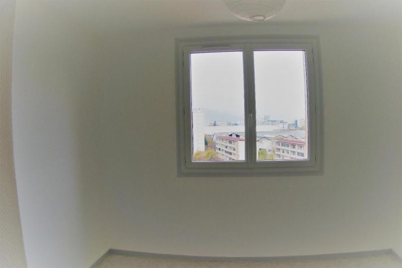 Location appartement Grenoble 741€ CC - Photo 3