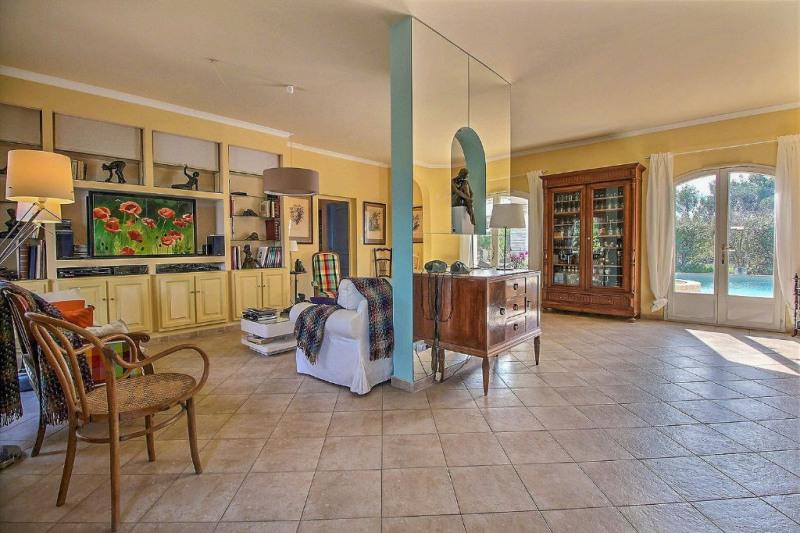 Vente de prestige maison / villa Nîmes 699000€ - Photo 2