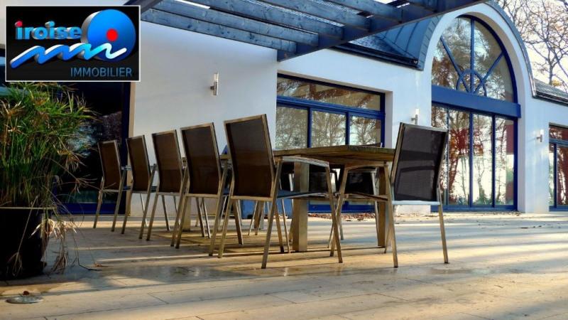 Deluxe sale house / villa Brest 988000€ - Picture 1