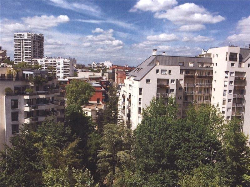 Sale apartment Courbevoie 480000€ - Picture 2