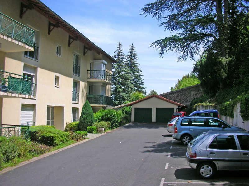 Rental parking spaces Le puy en velay 35€ CC - Picture 1