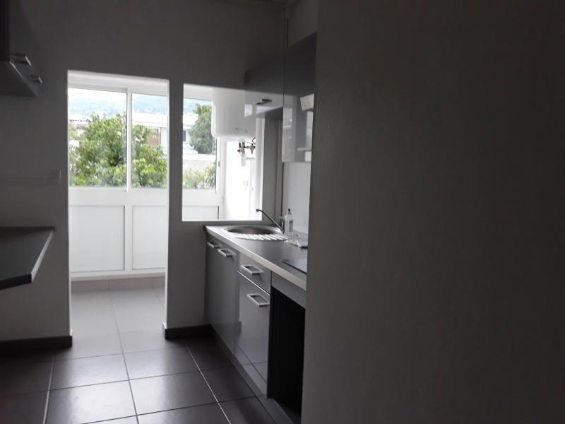 Sale apartment St denis 211000€ - Picture 1