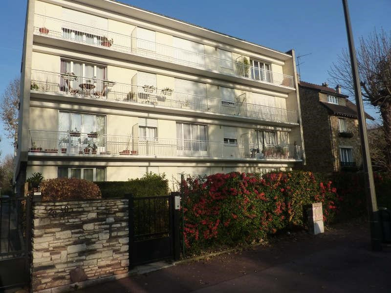 Rental apartment Maisons-laffitte 856€ CC - Picture 1