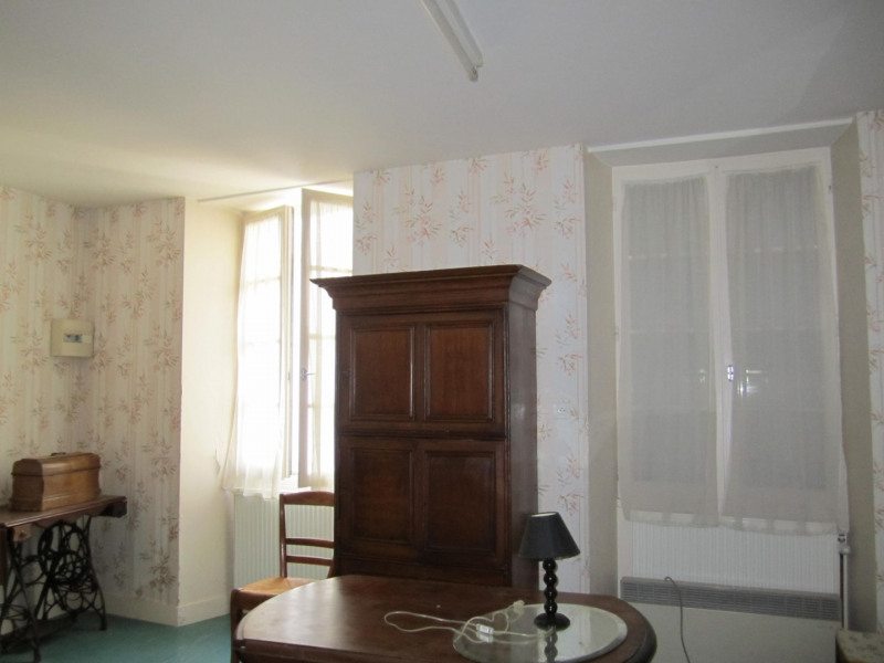 Sale house / villa Barbezieux saint-hilaire 84 000€ - Picture 4