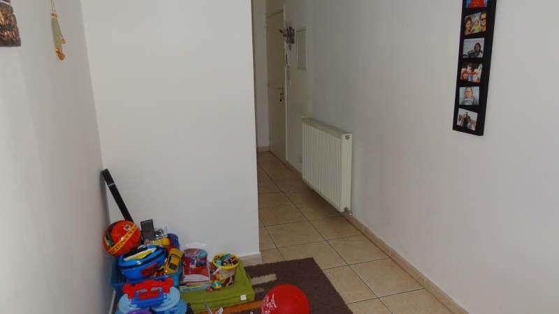 Rental apartment Saint quentin 680€ CC - Picture 4