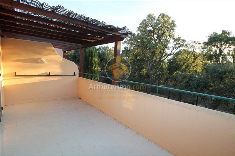 Sale apartment Grimaud 180000€ - Picture 1