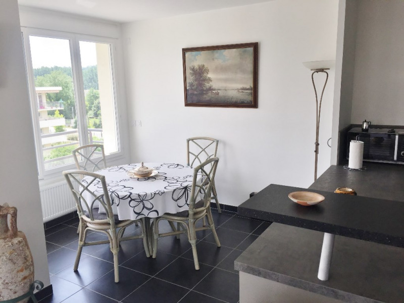 Sale apartment Bourgoin jallieu 245 000€ - Picture 3