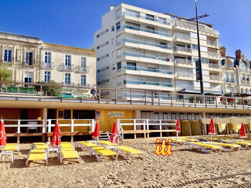 Sale apartment Les sables d olonne 109 000€ - Picture 1