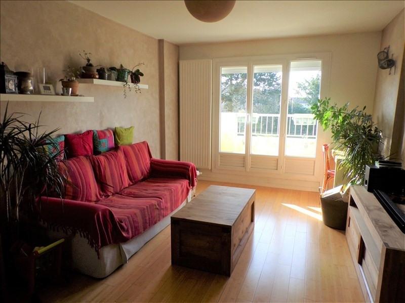 Sale apartment Montigny le bretonneux 249500€ - Picture 1