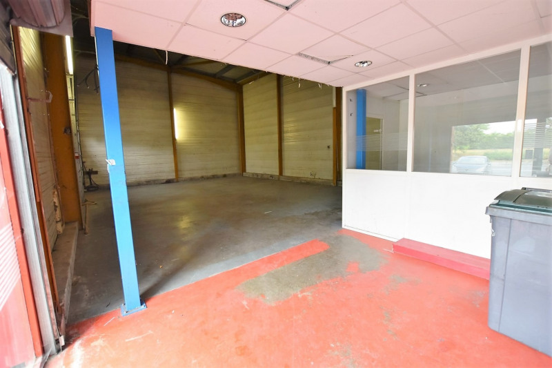 Location Local commercial Pierrelaye 0