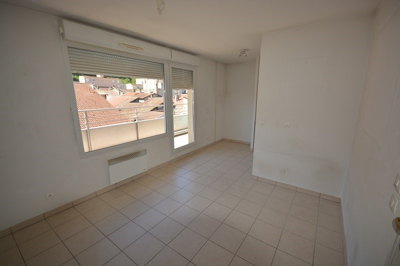 Sale apartment Bourgoin jallieu 109 900€ - Picture 2