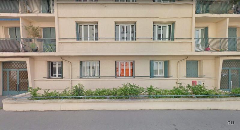 Rental apartment Lyon 4ème 515€ CC - Picture 1