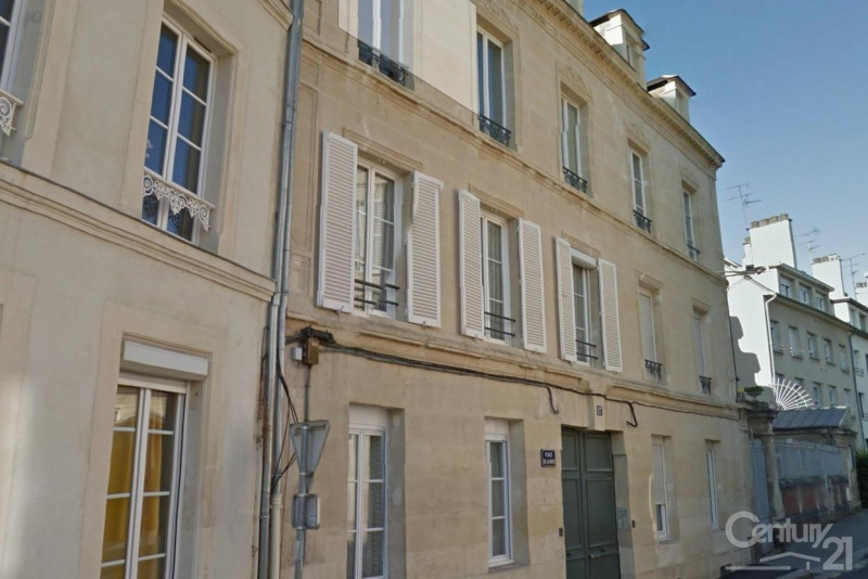 Location appartement 14 307€ CC - Photo 1