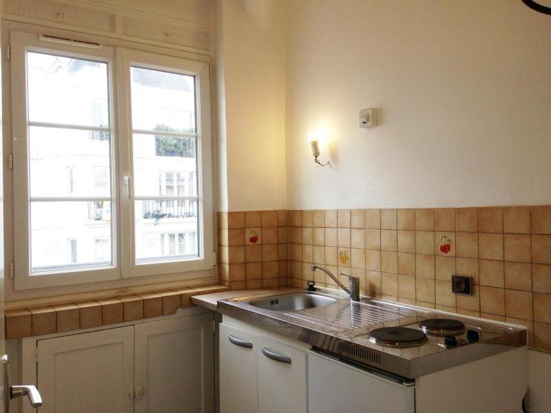 Location appartement Paris 20ème 1495€ CC - Photo 2